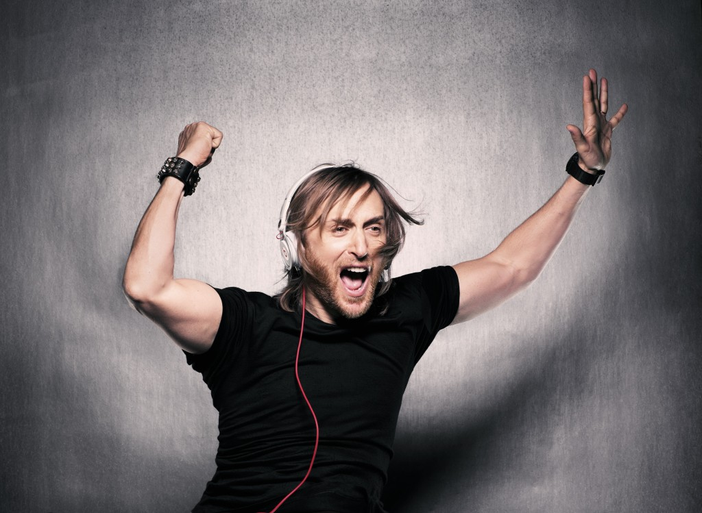 185632_303667_jump_colour_david_guetta