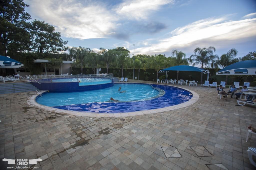 viale cataratas inaugura novas piscinas cidade do rio